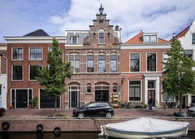 Haarlem, Bakenessergracht 25 rood
